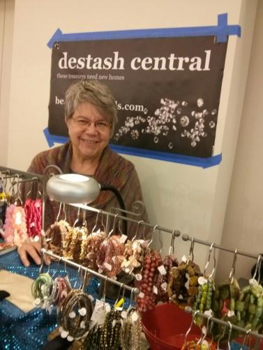 beads destashwoman-s